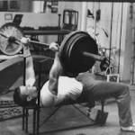 13 Týždňový silový tréning pre benchpress