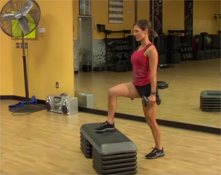cviky na zadok a stehna