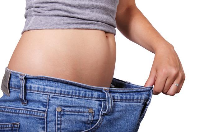 schudnutie s bokov a zadku