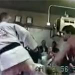 113 kg kulturista proti 68 kg JiuJitsu bojovníkovi s čiernym pásom